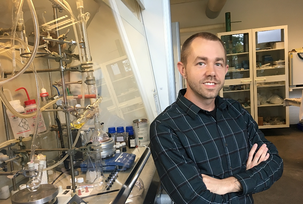 McMaster PhD student, Scott Laengert is a 2018 recipient of the Vanier Graduate Scholarship. His research is focused on developing new materials that could one day help harness green energy from the world's oceans.