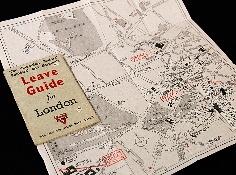 Pocket-sized sized guide for Canadians on leave in London