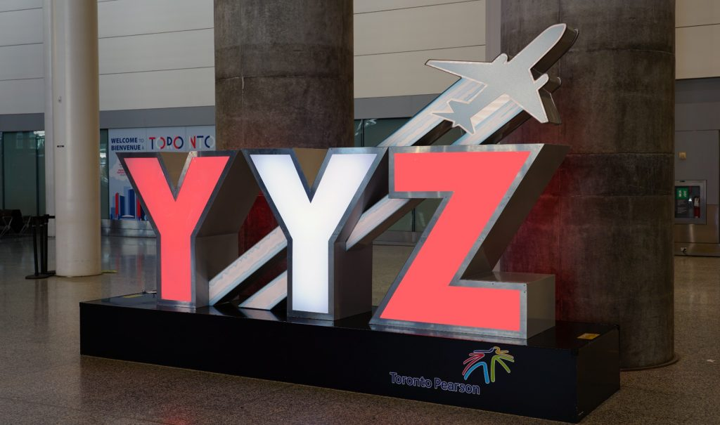 Toronto Airport sign just huge letters that say Y Y Z